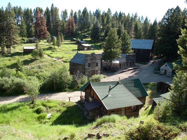 Government Will Pay You To Live In This Cabin. But There's One Catch.
