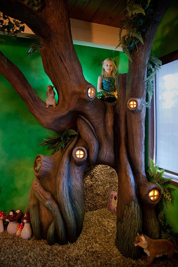 Awesome Dad Builds A Fairy Tree For His Daughter