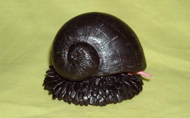 02-metal-snail
