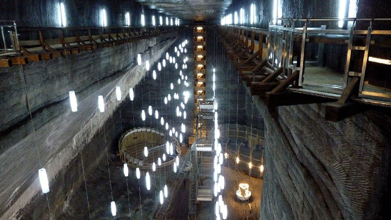 salina-turda-salt-mine-romania-10