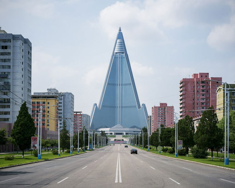Photo Tour of Pyongyang, North Korea