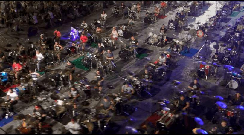 1000 Member Italian Rock Band