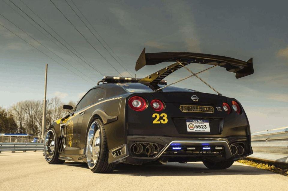 Nissan GT-R Pursuit 23