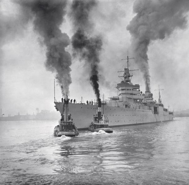 Wreckage of WWII Warship U.S.S. Indianapolis Found After 72 Years