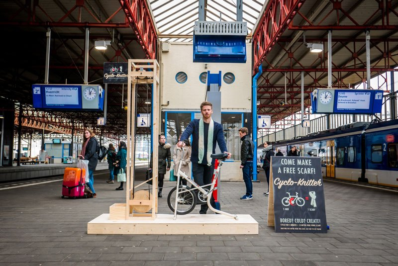 Commuters Can Ride This Bike and Knit a Scarf In 5 Minutes