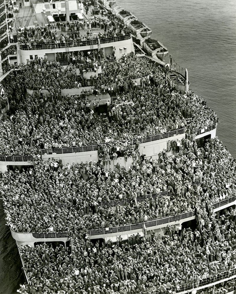 American Troops Coming Back Home from WWII
