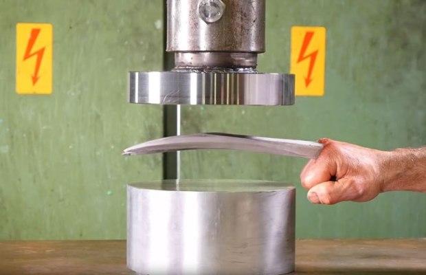 Hydraulic Press vs Adamantium Claws