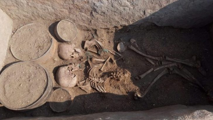 Bronze Age Couple