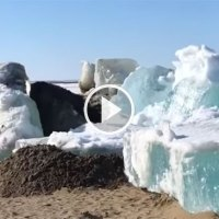 Surreal 'Ice Tsunami' Crashes Onto Shores of Dudinka, Russia