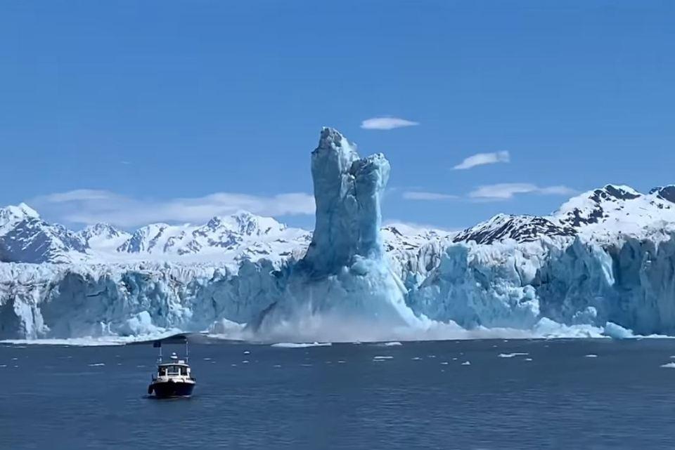 Colossal Ice Pillar