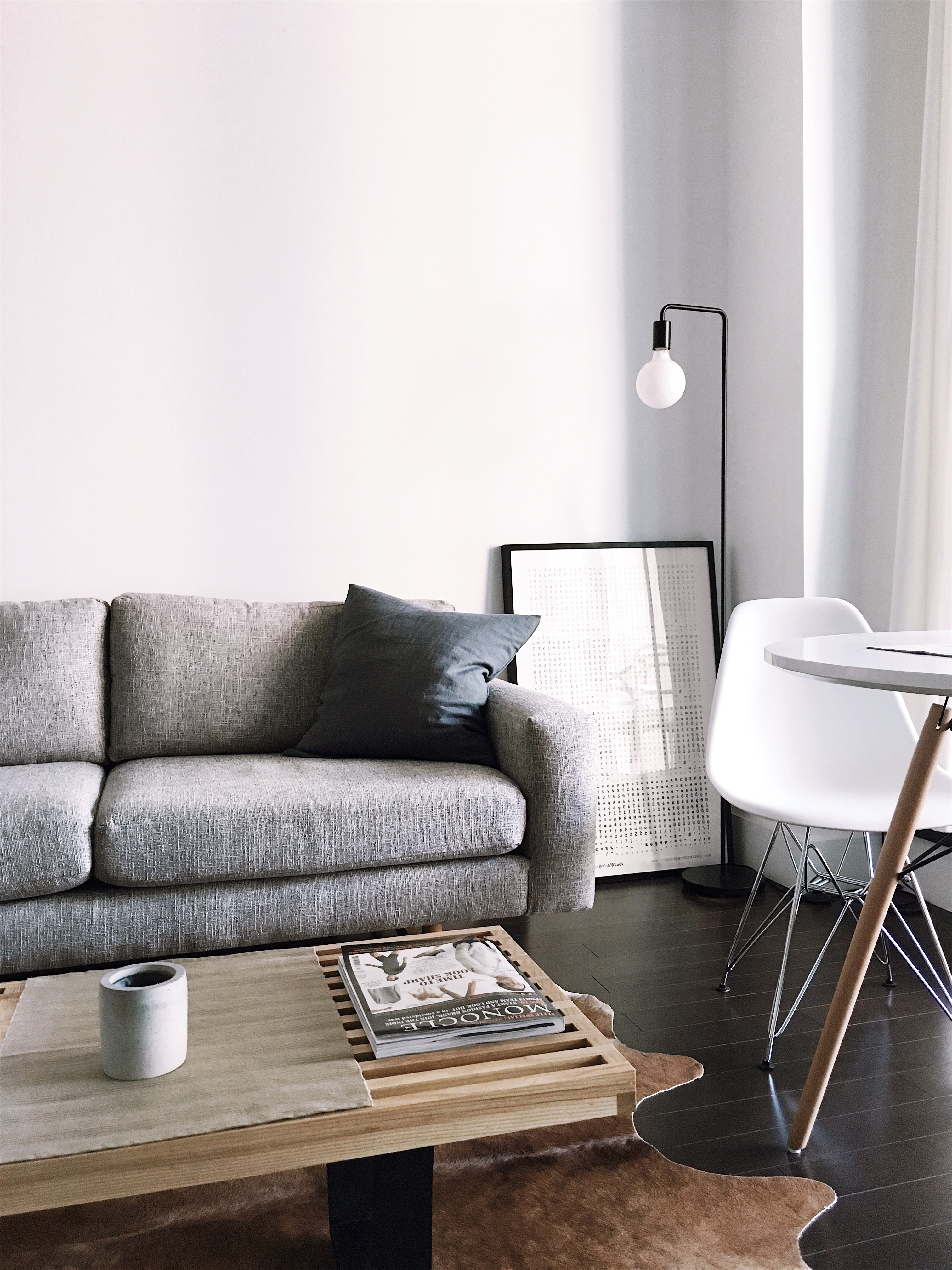 living room couch and 2 chairs style 2018 500 furniture pictures hd download free images on unsplash