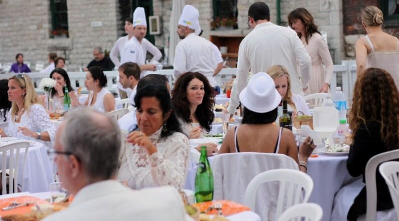 First Diner en Blanc in Toronto