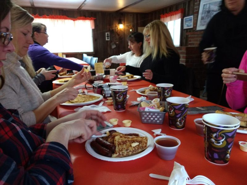 Breakfast at Shaw's Sugar Bush - LetsGoMaple