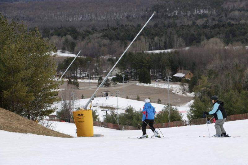 Downhill skiiing