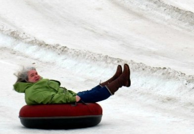 snow tubing horseshoe alexa - by Julie Height-002