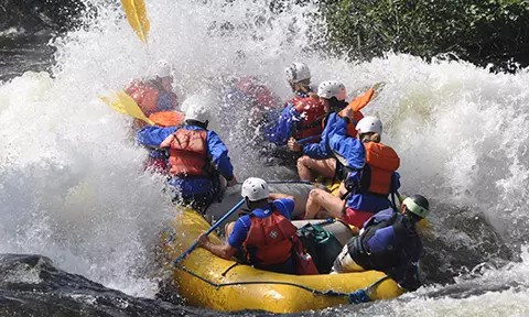 kennebec-river-rafting-in-mainencr