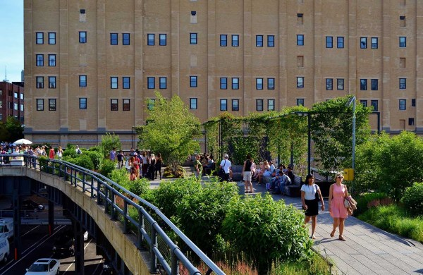 Of Nyc' Elevated Parks And Hidden Gardens Untapped