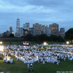 2018 NYC Dîner en Blanc Takes Over Governors Island with 6,500 Revelers in White