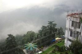 Typisches Regenzeit-Wetter in Dharamsala