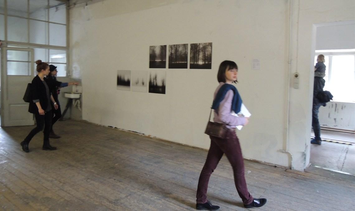 Frauen in Kunstausstellung Plan D.