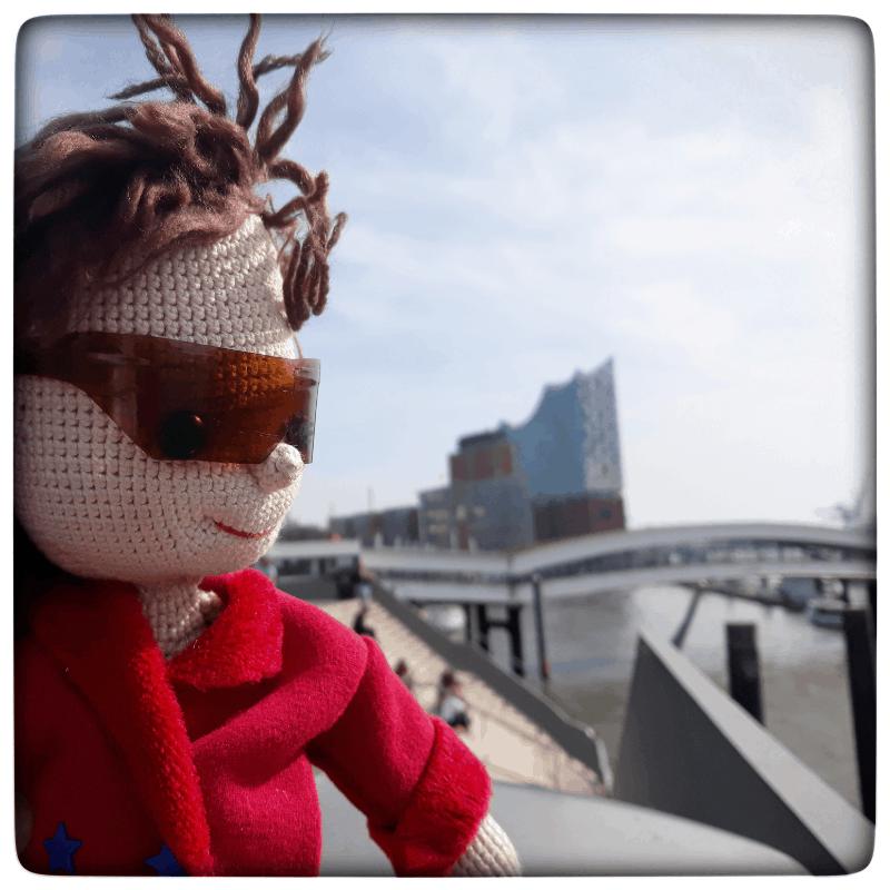 Lilo´s Reise in Hamburg an der Elbphilharmonie