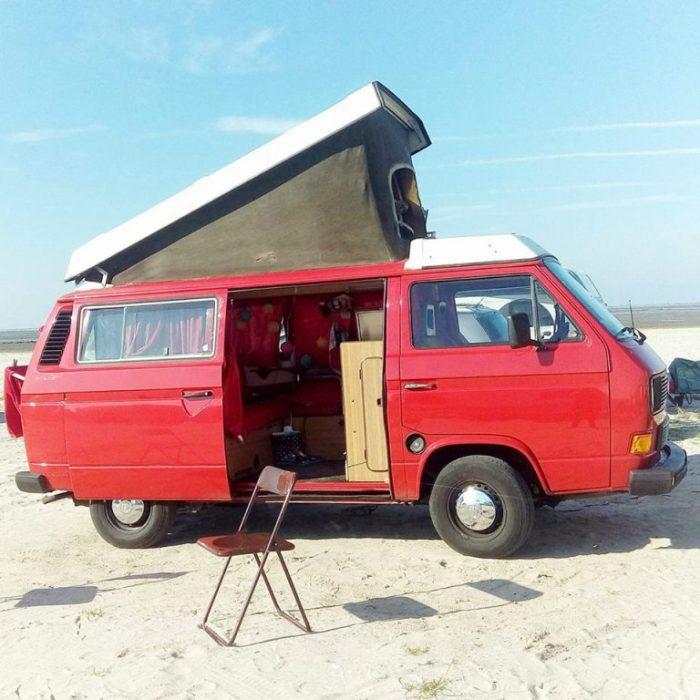 bulli-am-strand-campingplatz-bensersiel