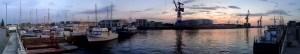 abendliches Hafenpanorama