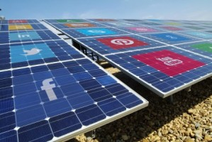 SolarPanels.w.Social.Icons_opt