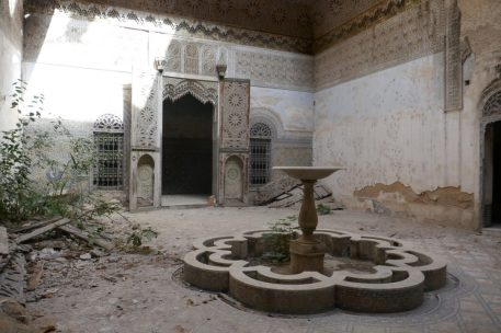 Inside the courtyard of the old riad