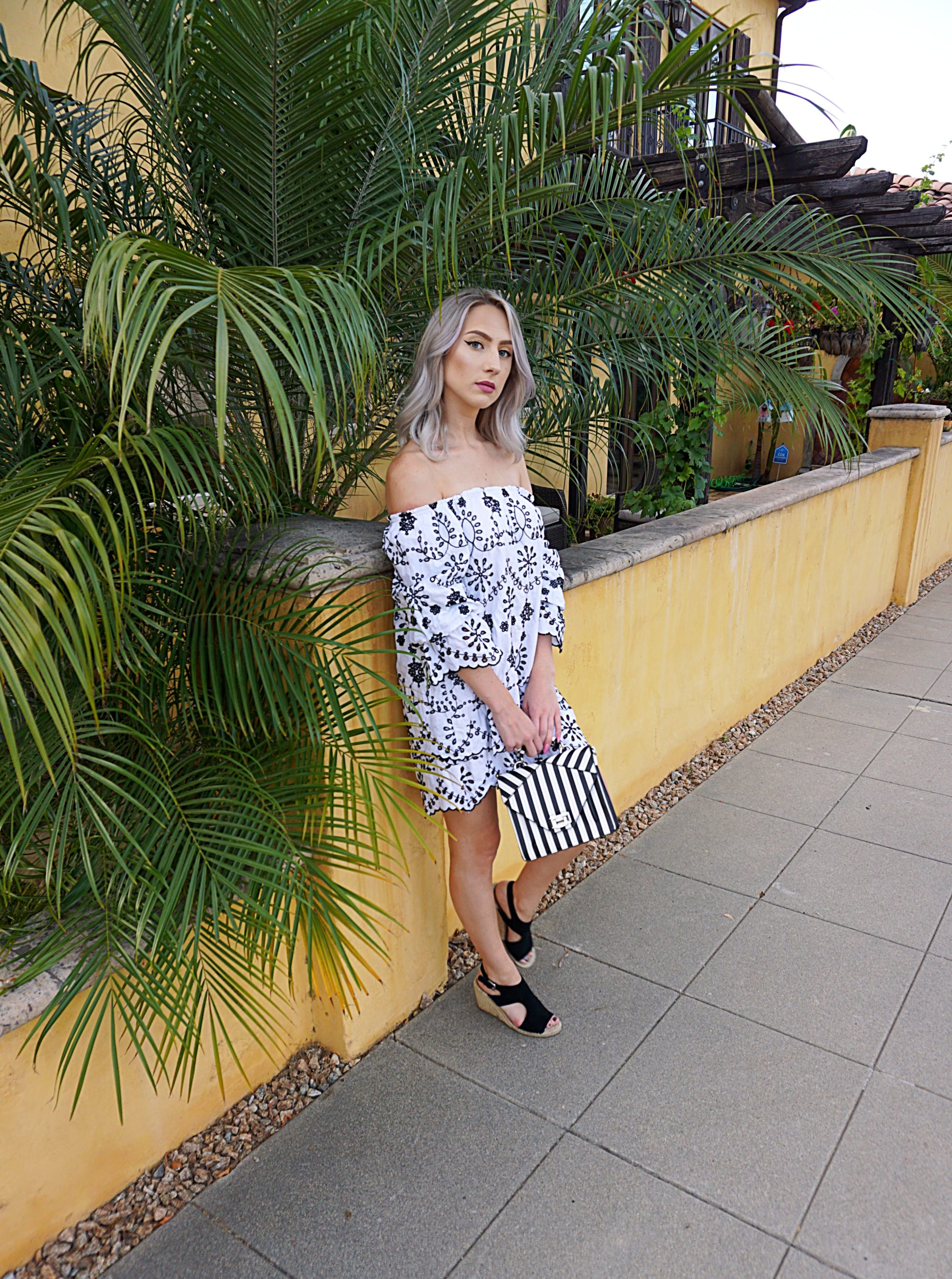 Black & White Summer Embroidery | Until The Very Trend