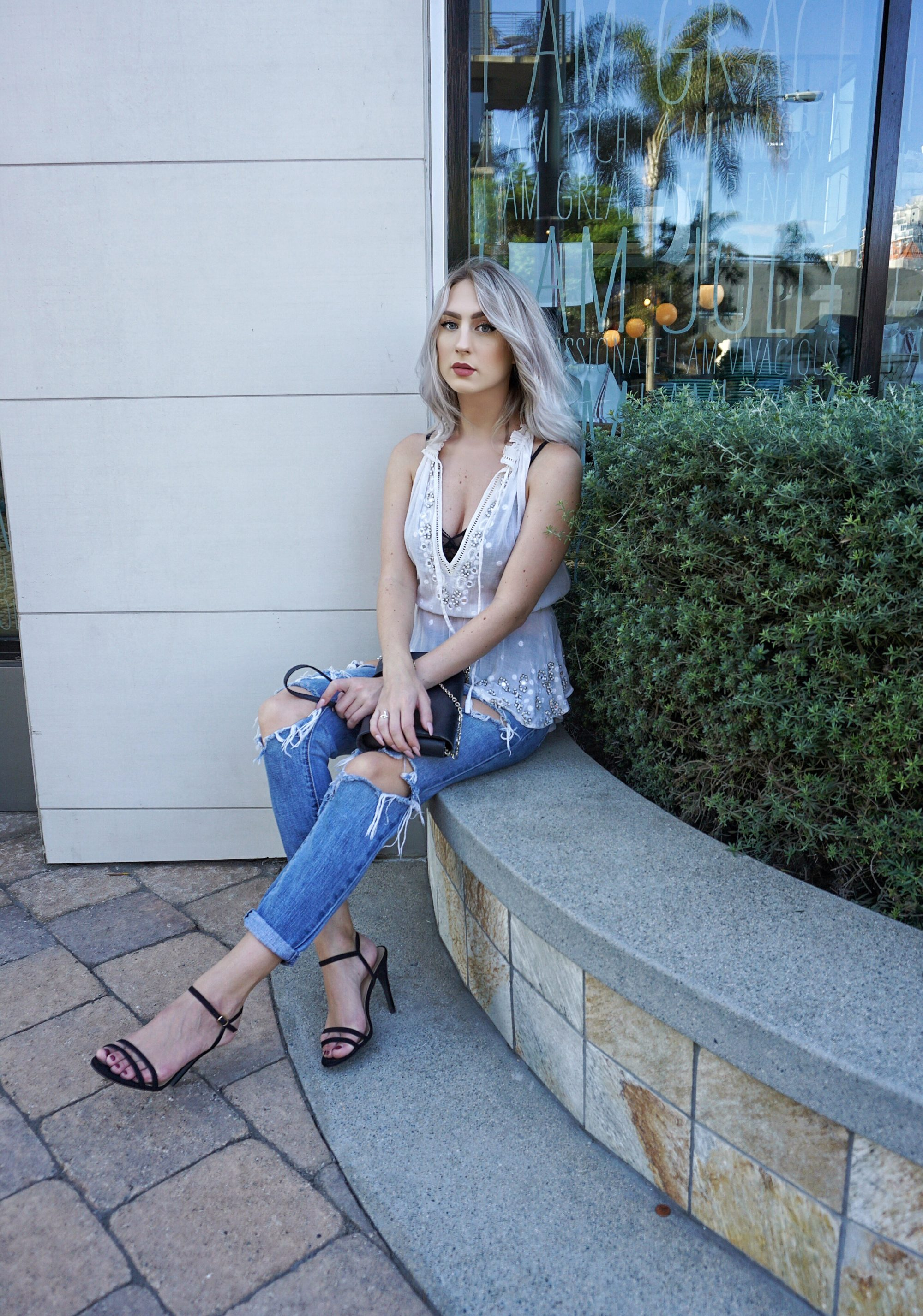 4 Steps To A Casual Night Out Look | Until The Very Trend