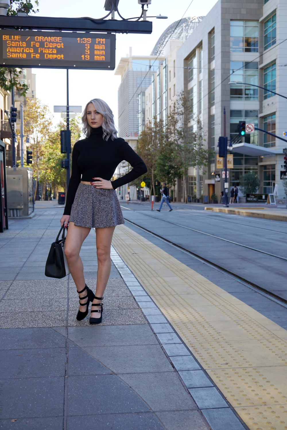 Holiday Outfit Inspiration: Flirty Skirts | Until The Very Trend