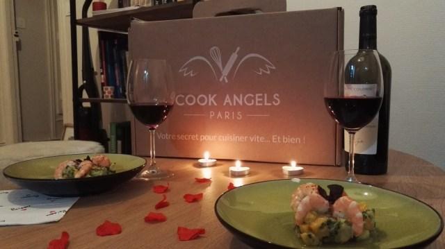 Cook Angels fournit aussi la déco pour rendre votre dîner définitivement romantique. Crédits : Claire Gervais