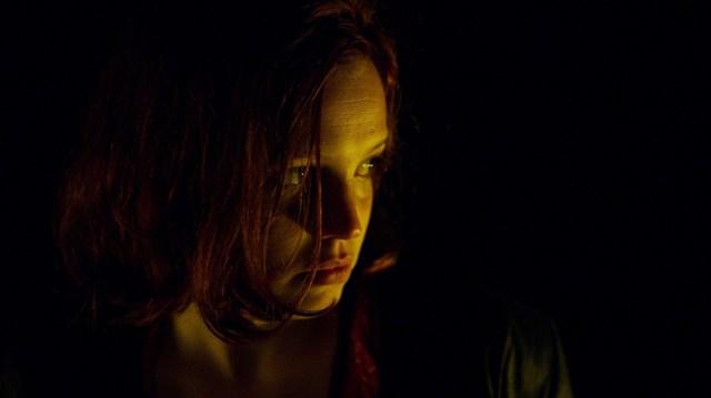 A 13 ans, Karine (Solène Rigot) est le personnage le plus touché par la violence.