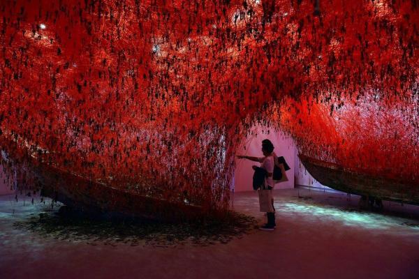 Chiharu Shiota, Pavillon du Japon, Biennale de Venise 2015, ©Photo (AFP)