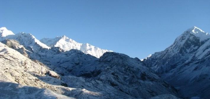 Dzongri Trek, Snow trek in India