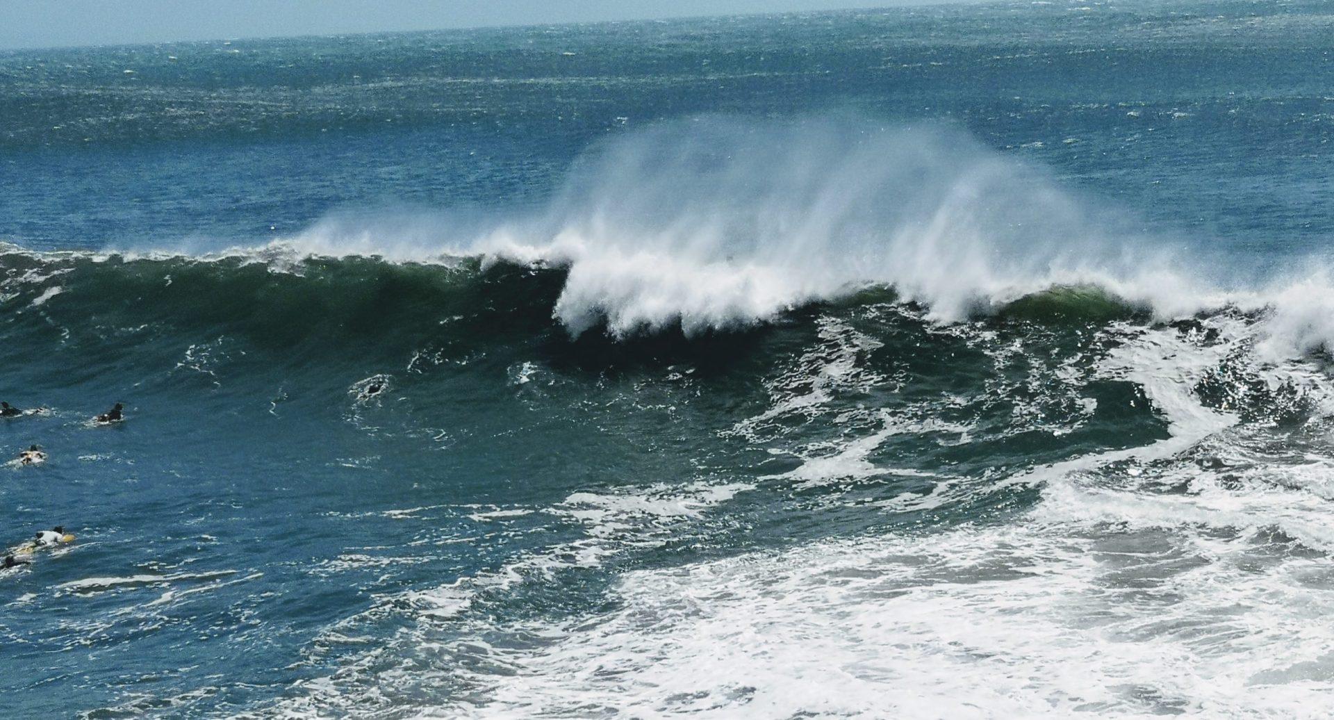 Noosa massive waves after 2019 February storm