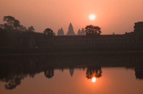 Sonnenaufgang in Angkor Wat auf der Kambodscha Reise mit dem Rucksack