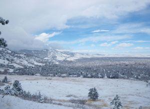 1280px-Boulder_after_a_snowfall.