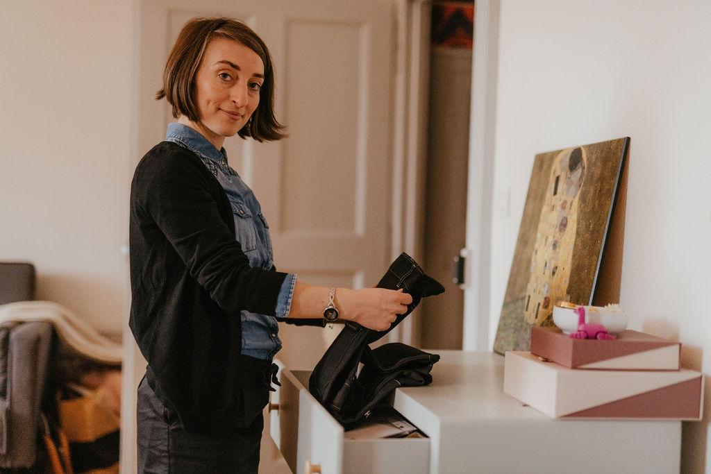 La penderie partagée est une nouvelle forme de vide dressing. Optez pour une expérience shopping inédite grâce au service d'échange de vêtements (swap).
