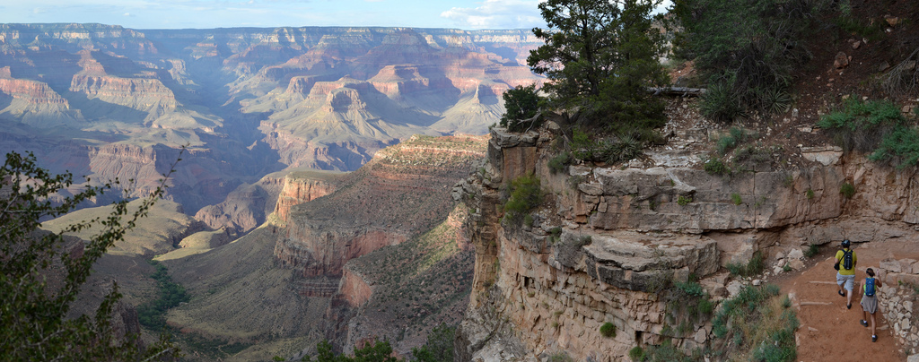 grand-canyon-bright-angel-trail