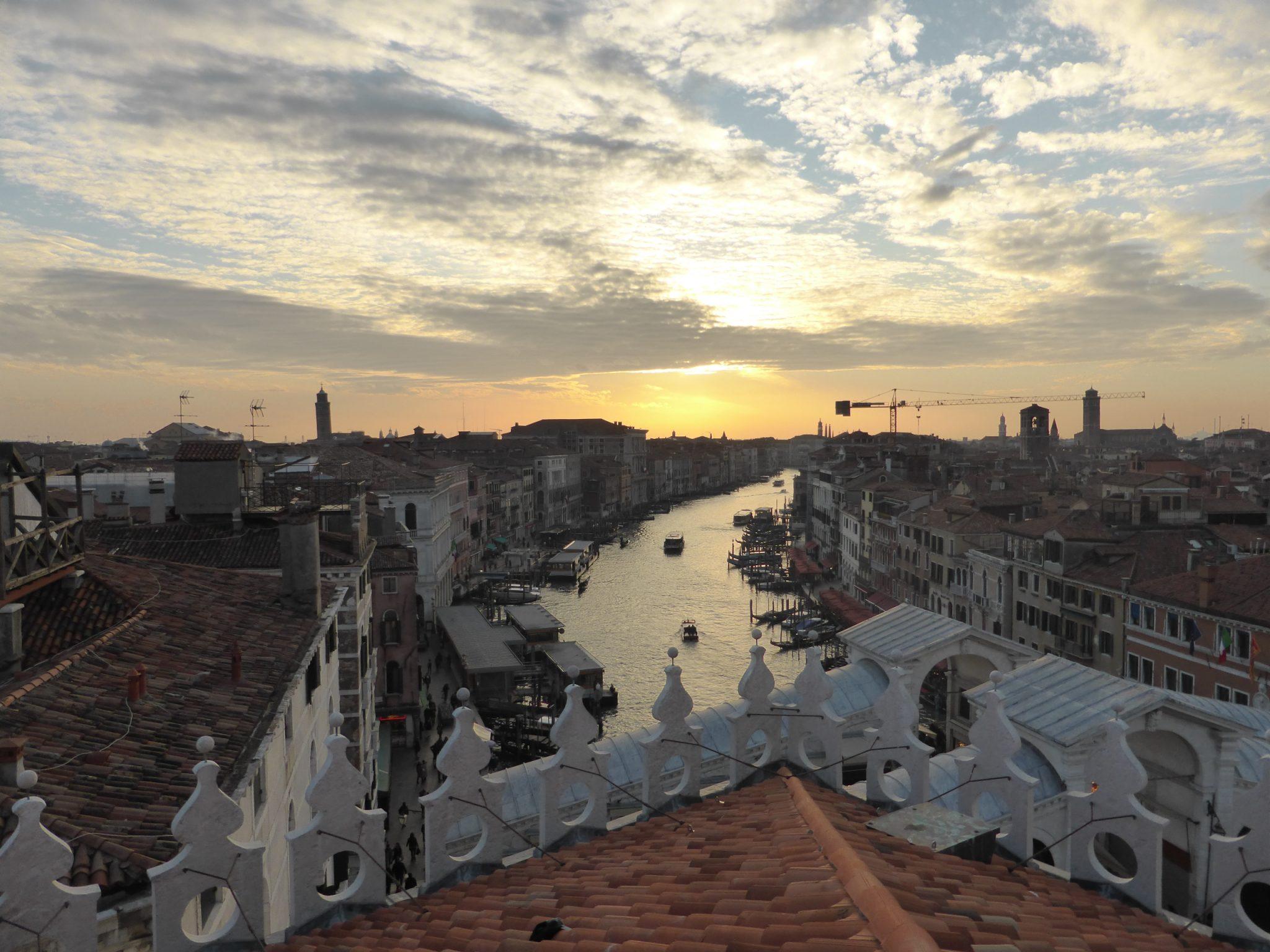 Venezia-Terrazza-Fondaco3 - Un Trolley per Due