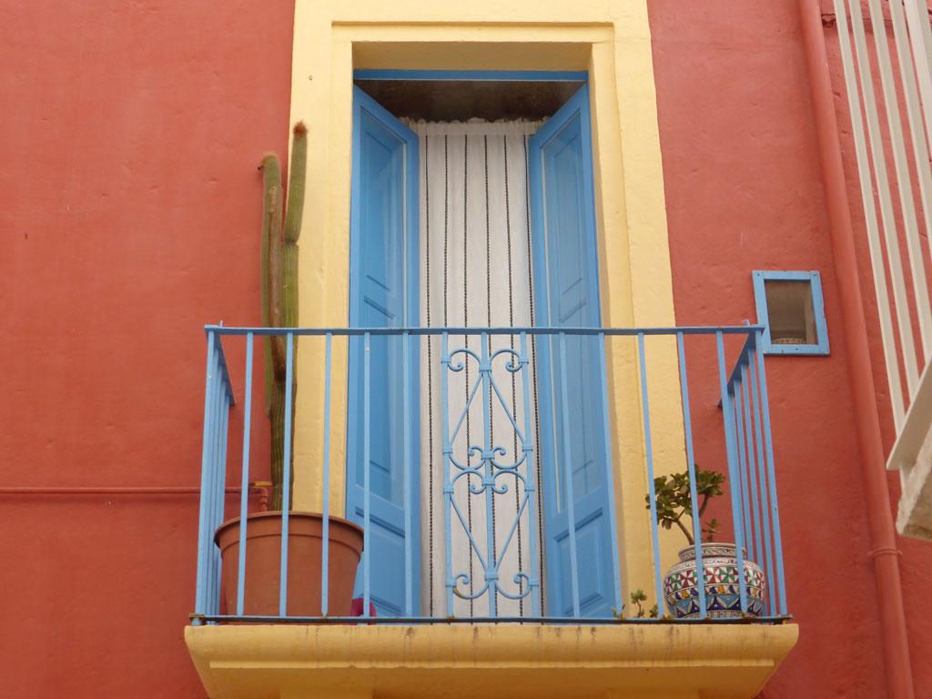 Balconcino di Polignano a Mare