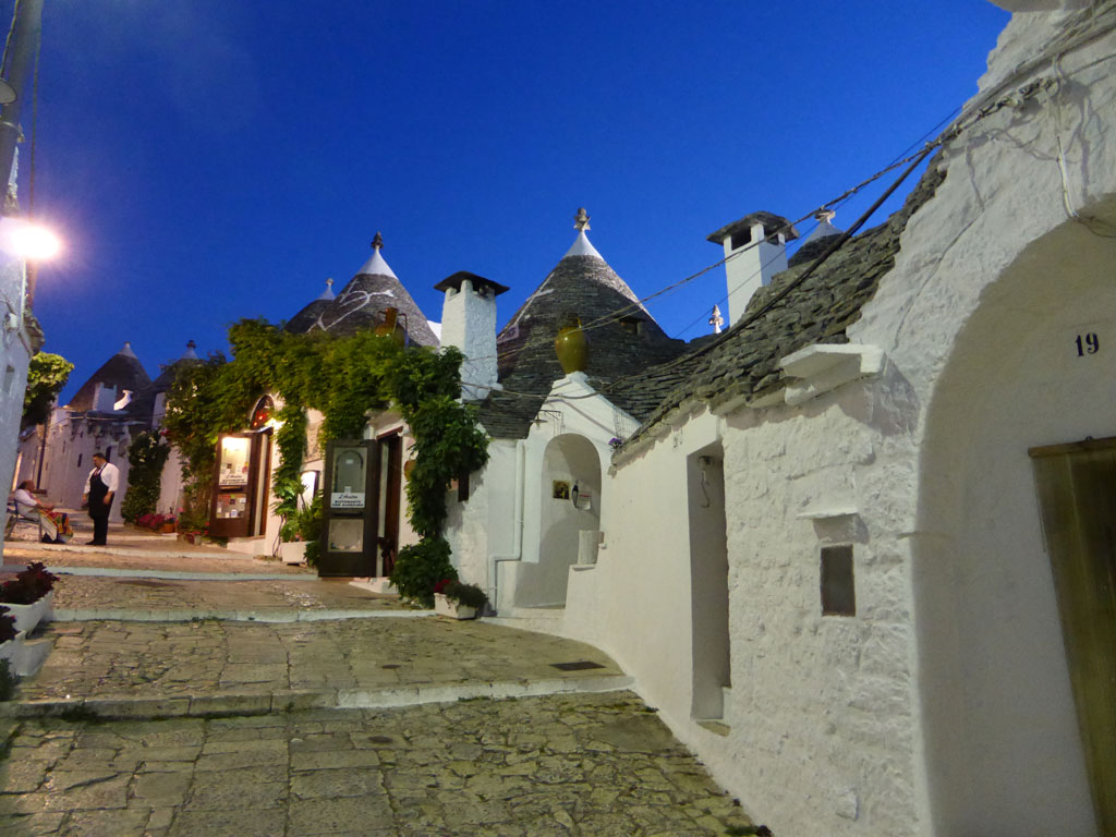 Alberobello Rione Monti