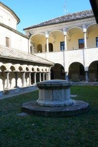 Aosta chiostro medievale
