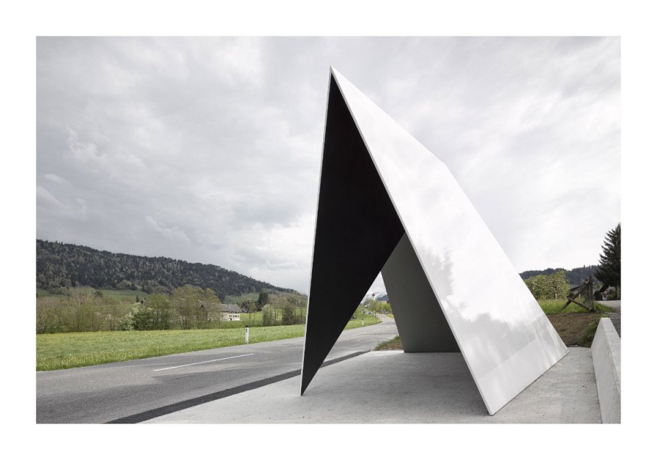 "Architekten de Vylder Vinck Taillieu, Belgium: ""How it is possible that a simple idea of a roof originates from a constantly re-occurring vision of a Sol LeWitt drawing…"" (Photo: Adolf Bereuter/BUS:STOP Krumbach)"