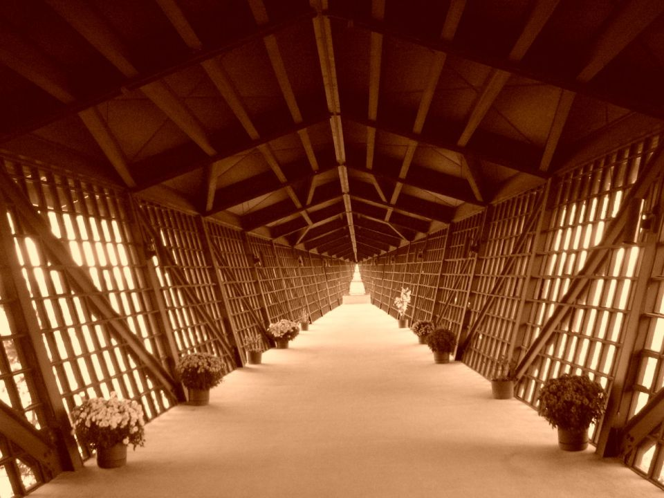 The Infinity Room juts out 218 feet (66 m) from the House on the Rock, without supports underneath. The room has over 3,000 windows. Source: Wikipedia
