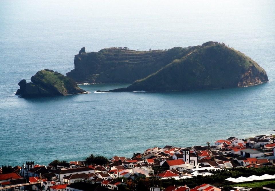 Franca-do-Campo-islet2