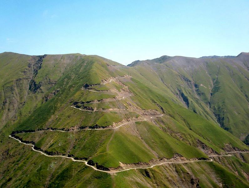 tusheti road2 - The Abano Pass