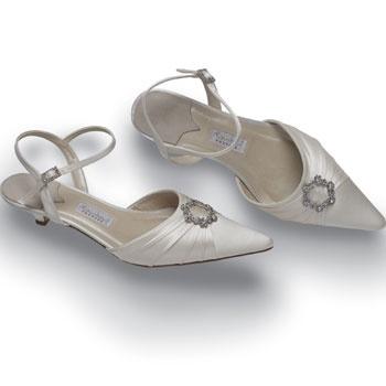 short heeled ivory wedding shoe